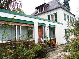 Fröhliche, helle 2-Zi.-Ferienwohnung im ruhigen Villenviertel Nymphenburg