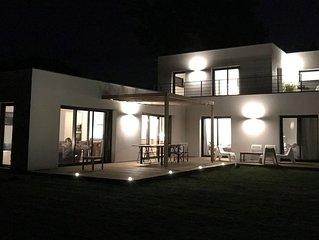 NOUVEAU - Grande et belle maison moderne a 50 m de la plage pour 6 a 9 pers