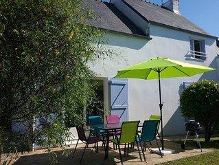 Cote Granit RoseTregastel Maison, jardin clos 2/4/6 pers mer 400m,commerces 700m
