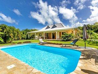 Coco. Villa de charme sans vis a vis avec piscine au coeur d'un magnifique jardi