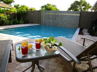 (WBE) 2B/2B, Private Heated Pool, Walk to Dining, Beautiful