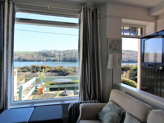 River Side Cottage with Two Terraces and Stunning Views of the Fowey River