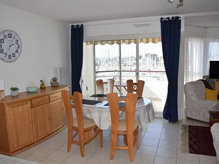 T2 beautiful apartment of 60 m2 in residence sea and harbor