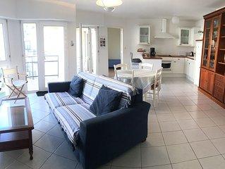PL 01    Appartement à 100m de la plage avec vue mer du balcon au Trez-Hir