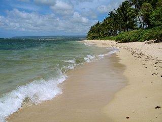 Mokuleia Classic Hawaiian-Style Beachfront Home - Great Views! (Now w/ AC!)