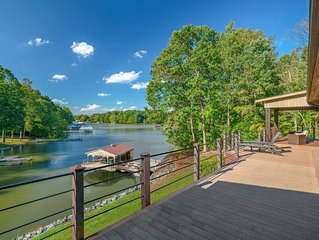 Modern Home On Lake Norman, Kayaks/Pool Table (Jet Ski/Boat Rentals Available)