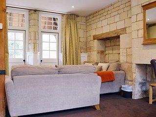 Lady Jane Grey - sleeps 5 guests  in 3 bedrooms