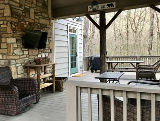 Trillium Links & Lakes Cashiers REMODELED CABIN WITH STREAM!!!!!