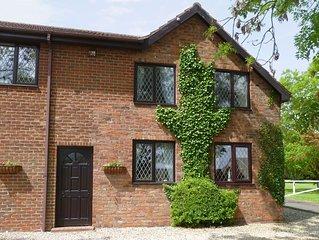 2 bedroom accommodation in Addlethorpe