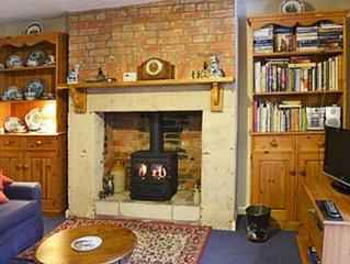 3 bedroom accommodation in Sells Green, Seend