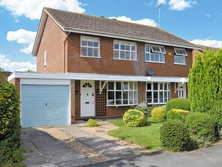 3 bedroom accommodation in Shipston-on-Stour