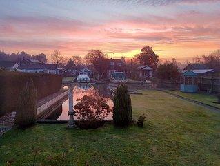 3 bedroom accommodation in Hoveton, near Wroxham