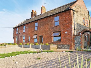 3 bedroom accommodation in Mundesley-on-Sea