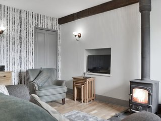 2 bedroom accommodation in Staveley, near Windermere