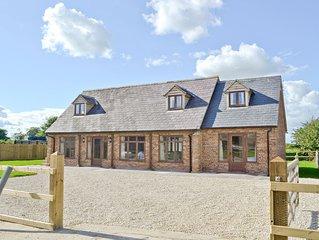 4 bedroom accommodation in East Tytherton, Chippenham