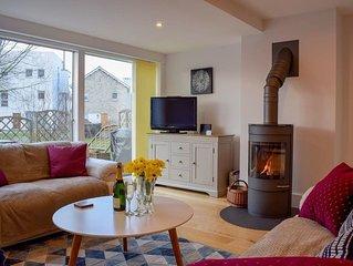 4 bedroom accommodation in Somerford Keynes
