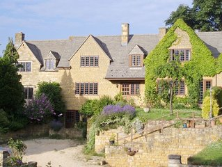 4 bedroom accommodation in Chipping Campden