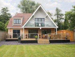 4 bedroom accommodation in Hoveton, near Wroxham