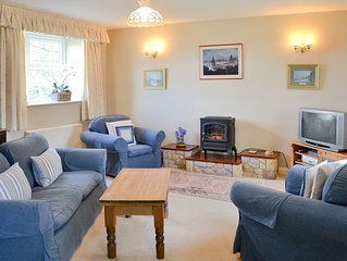 2 bedroom accommodation in Belford