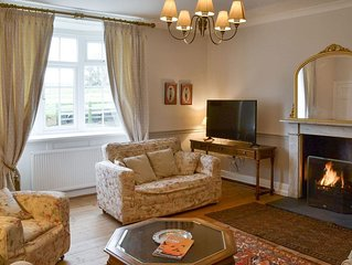 6 bedroom accommodation in Thornham