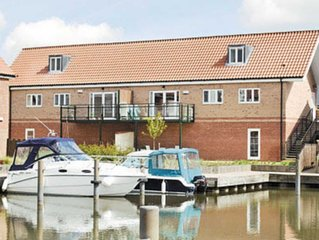 2 bedroom accommodation in Burton Water, Lincoln