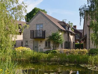 4 bedroom accommodation in Cirencester