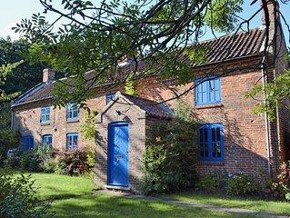 5 bedroom accommodation in Hindolveston, near Holt