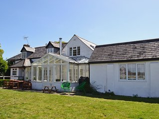 4 bedroom accommodation in Tiptoe, near Lymington