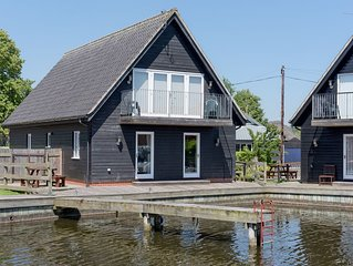 4 bedroom accommodation in Horning, near Norwich