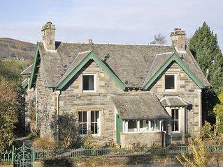 4 bedroom accommodation in Aberfeldy, near Pitlochry
