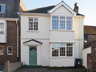 3 bedroom accommodation in Emsworth, near Chichester