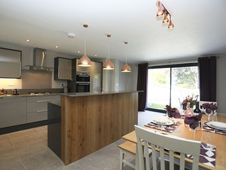 3 bedroom accommodation in Brockenhurst