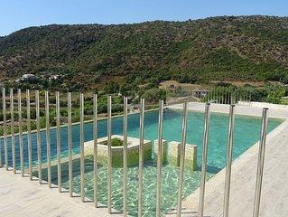 Apartment mit Swimmingpool und  Meerblick