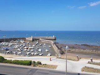 Appartement 2 pièces 55 m² refait à neuf vue sur port et océan 4 couchages.