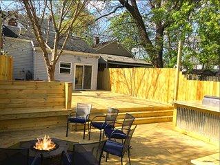The Prince - Epic Backyard Oasis! Sleeps 12 // 2 chic houses - 5 bed 4 bath