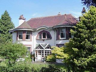 5 bedroom accommodation in Aberfeldy