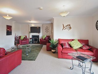6 bedroom accommodation in Norwich