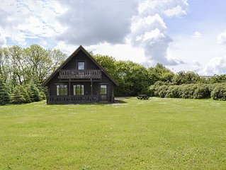 3 bedroom accommodation in West Stour, near Shaftesbury