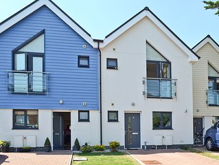 3 bedroom accommodation in Goring-by-Sea, near Worthing