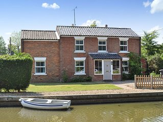 4 bedroom accommodation in Stalham