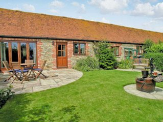 2 bedroom accommodation in West Stour, near Shaftesbury
