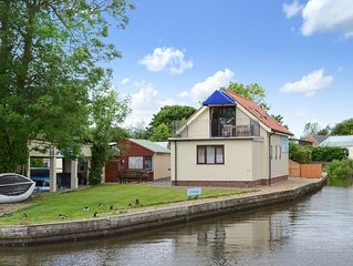 2 bedroom accommodation in Stalham Staite, near Sea Palling