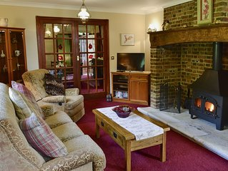 2 bedroom accommodation in Winterborne Zelston, near Wareham