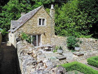 2 bedroom accommodation in Broad Campden