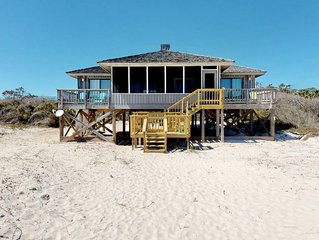 Classic beach cottage - Beachfront Plantation, Pvt Boardwalk, Screen Porch, Wi-F