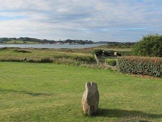 Maison renovee avec vue sur mer avec grand jardin expose sud a l'Ile Grande