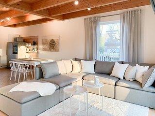 Tolles Schwedenhaus mit Sauna. 3 Schlafzimmern, 2 Bädern, rgroßem Garten und Ter