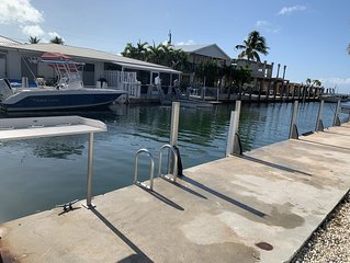Keys Waterfront Half-Duplex, Ocean side 37' Dock,