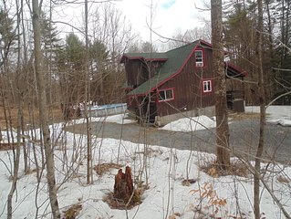 Adirondack Rustic 2 Story- Porch, Swim. Pool, Man Cave &  Pool Table-with WIFI