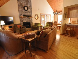 Little Creek Cabin- Stonebridge;  2 King Size Master Suites; 1 Mile To SDC